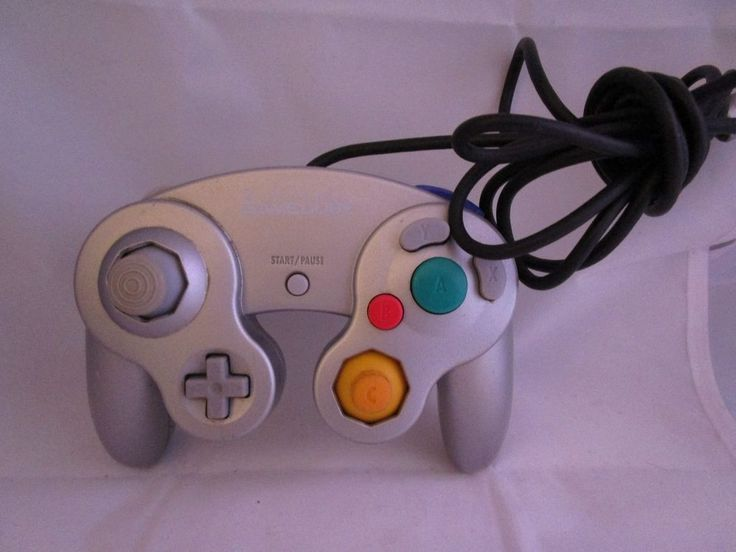 Official Genuine Nintendo Gamecube Controller Platinum Silver Wired Works Great #Nintendo