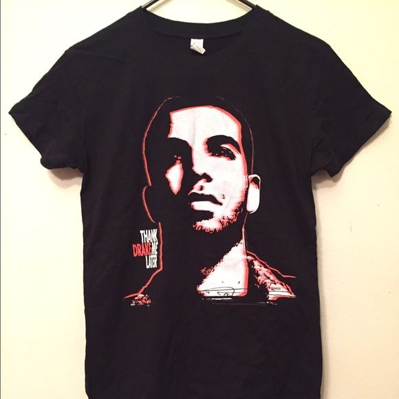 "Drake - Thank Me Later T-Shirt Sz Large NWOT Drake -Thank Me Later T-Shirt Sz Large        Measurements: pit to pit: 18"" ,                Backcollar to Bottom Hem: 25"". Tops Tees - Short Sleeve"