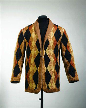 Casaca diseñada por Sarah Llíchma Stern, pintora y diseñador francesa más conocida como Sonia Delaunay (1885-1979)