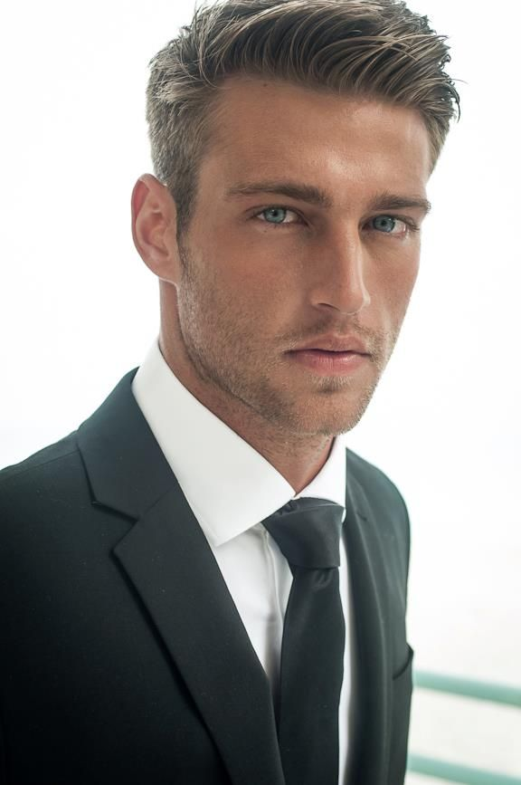 Heath Hutchins by Scott Teitler [Omg! What a gorgeous... tie.]