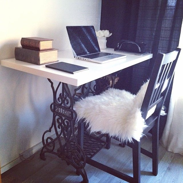 made a desk from old gritzner selecta table sewing machine. Black Bedroom Furniture Sets. Home Design Ideas