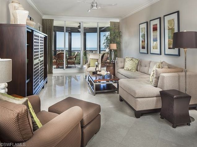 Furniture layout - narrow room / Luxury Beach Condo | Marquesa at Bay Colony | Naples, Florida