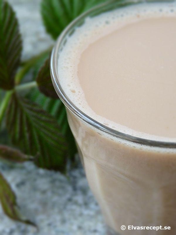 Chai - Indiskt Te Smaksatt Med Kryddor (byt ut vatten och mjölk mot växtmjölk)