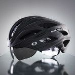 Awesome bike helmet with retractable shades