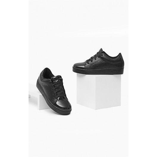 Dámske topánky na voľný čas v čiernej farbe - fashionday.eu