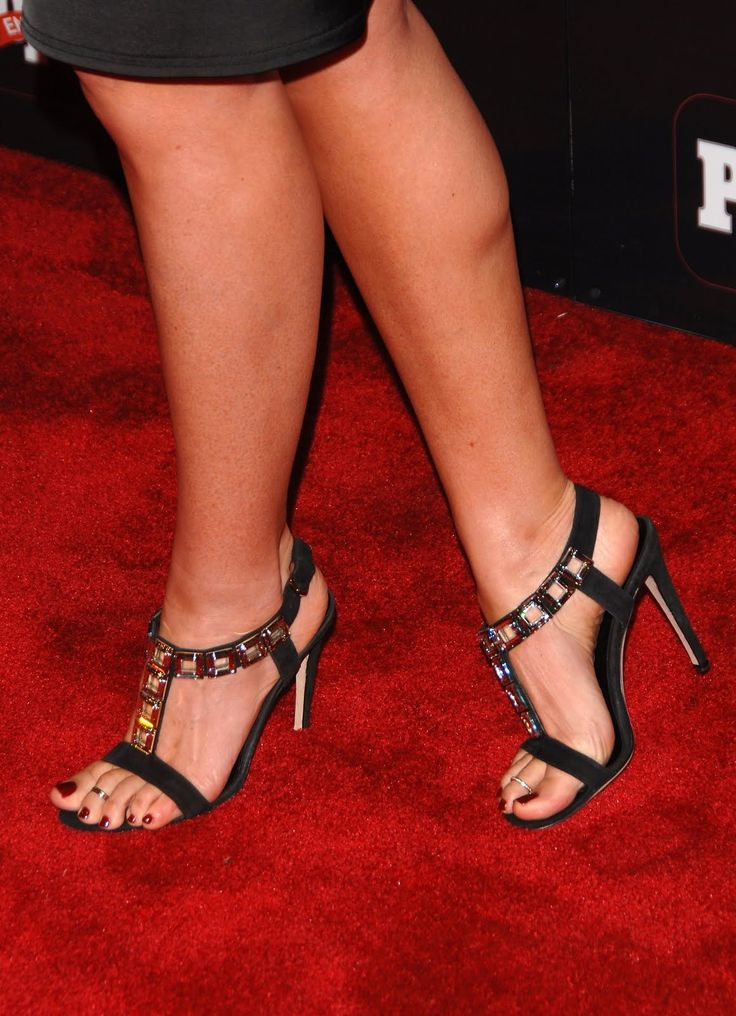 Daisy Fuentes's Feet