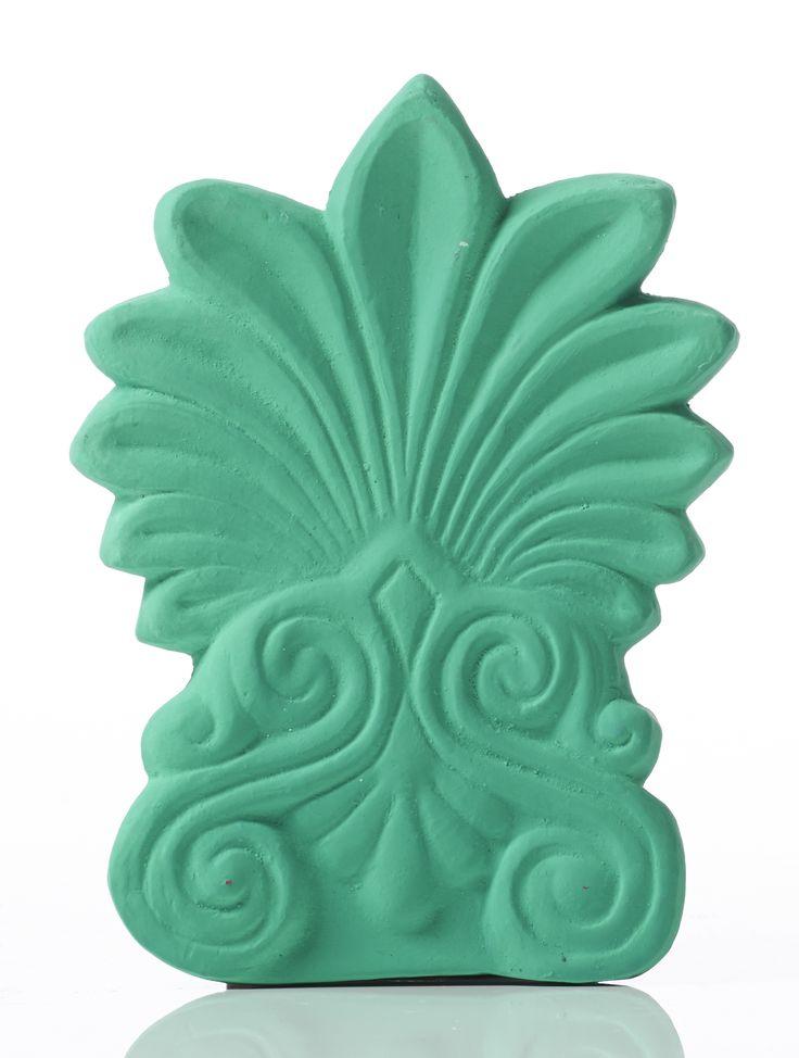 Akrokeramo Wall Small. Dimension: 17x12x2cm Material: Ceramine. Color: Light Green.