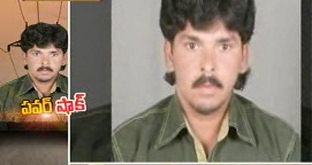 Pawan Kalyan's fan dies of electric shock in Prakasam: http://goo.gl/a0qXiB > Pawan Kalyan's 43rd birthday celebrations began on a sad note for the fans of the power star as one of his fans died. http://www.thehansindia.com/posts/index/2014-09-02/Pawan-Kalyan%E2%80%99s-fan-dies-of-electric-shock-in-Prakasam-106531