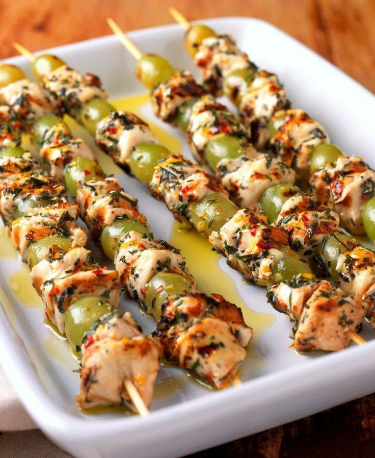 Mediterranean Style Diet Recipes: Mediterranean Grilled Chicken And Grape Skewers