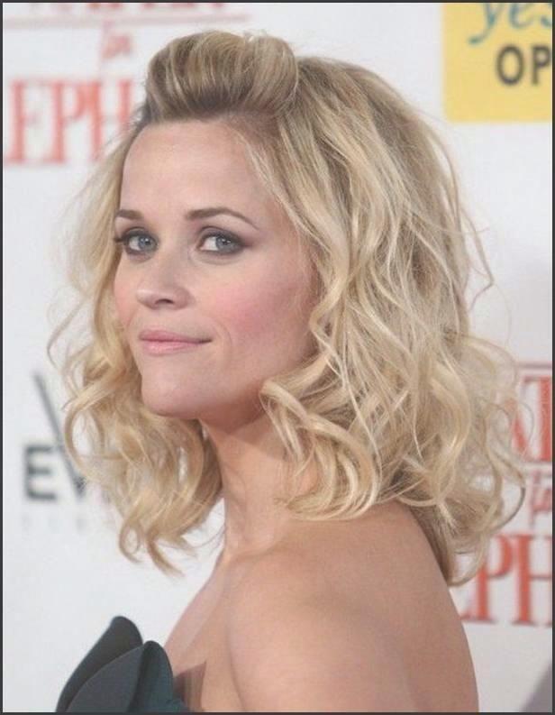 Die Besten 25 Dunne Lockige Haare Welche Frisur Ideen Auf Frauen Haare Haarschnitt Frisur Ideen Reese Witherspoon Frisuren