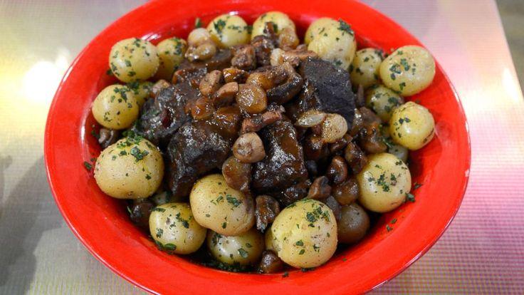 Beef Bourguignon Recipe | Julia Child | Recipe - ABC News