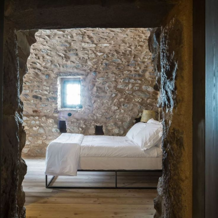 Sassi muro interno camera da letto · gallery gallerythe towercountry