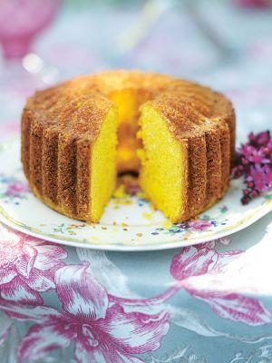Leilas tips! Knepet att lyckas med sockerkakor är att vispa ägg och strösocker riktigt, riktigt luftigt. Man får aldrig vispa ner mjölet, då kan kakan lät...