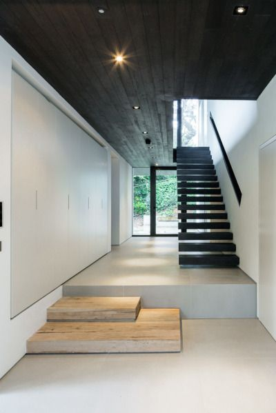 Black / white / wood stacked steps