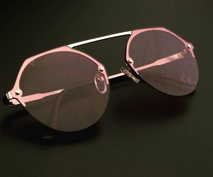 Modello Formentera col. Romantic Pink. Black Style Background.  www.4u4.it  Prova ora i modelli per la tua estate.  Sentiti un VIP ogni giorno! Tagga la tua foto migliore con l'hashtag 4u4.it   Valido ancora il #promocode per la festadellamamma 4u4mom ! ______4u4______  #sunglasses #eyewear #fashion #style #newbrand #new #moda #nuovo #marchio #newfashion #newstyle #novita #nonsolocchiali
