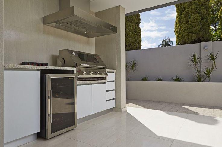 Outdoor kitchen area. http://www.mastercabinetswa.com.au