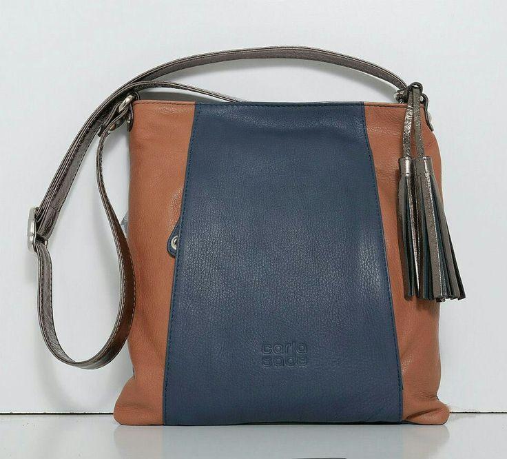 Bolso en piel fabricado por la empresa ubriqueña Carla Sade de su nueva coleccion