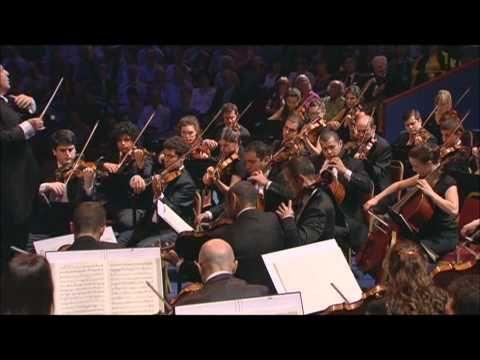 ▶ Beethoven: Symphony No 3 in E flat major, 'Eroica' - BBC Proms 2012 (Daniel Barenboim) - YouTube