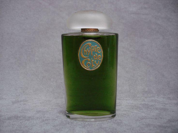 242 best les marques de parfum images on pinterest fragrances perfume bottles and fragrance. Black Bedroom Furniture Sets. Home Design Ideas