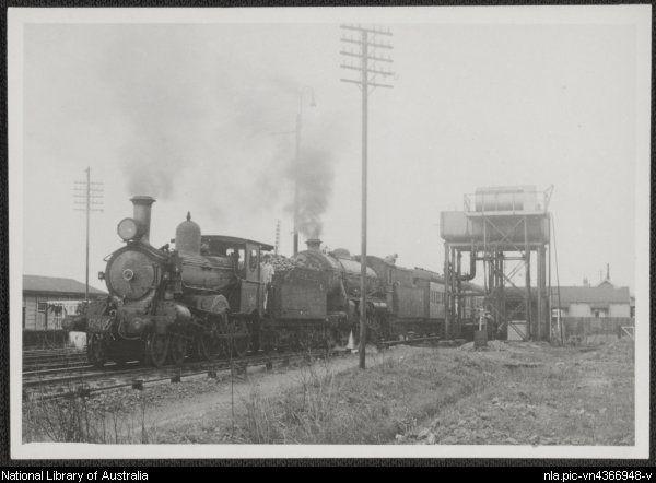 Brisbane express at South Grafton, New South Wales, October 1947