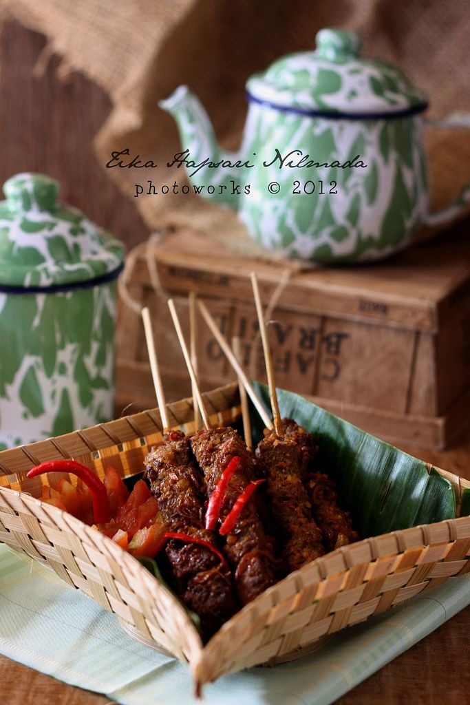 Sate asem betawi / Sour beef satay (from Cemplang Cemplung)