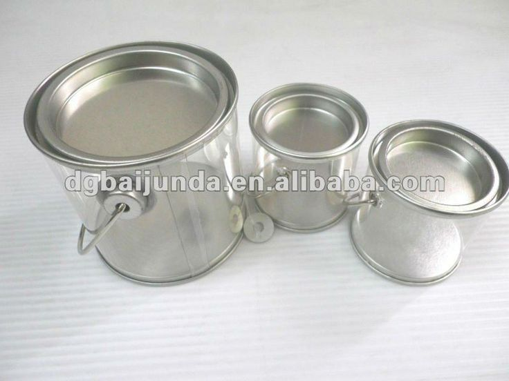 clear plastic container with metal lids and handle