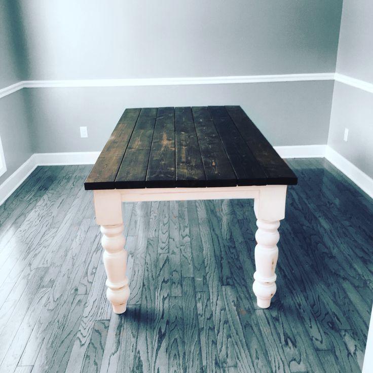 Beautiful DIY Husky Table