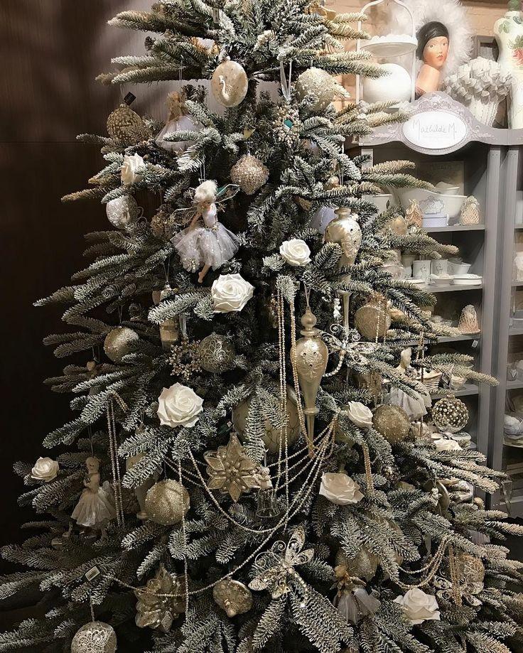 165 отметок «Нравится», 9 комментариев — ZELENA   Галерея Подарков (@zelena.ua) в Instagram: «Заснеженные ели, очаровывающие сиянием инея на ветвях в ZELENA! - Настолько хороши, что Дед Мороз…»