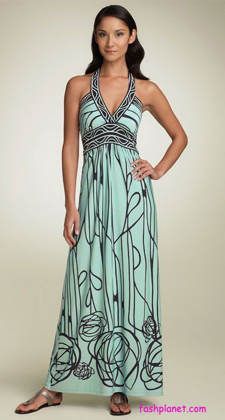 V-neck-Maxi-Dress-Trends