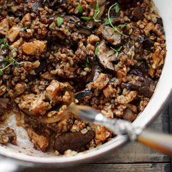 Casserole with chicken, buckwheat and mushrooms - a matter of taste