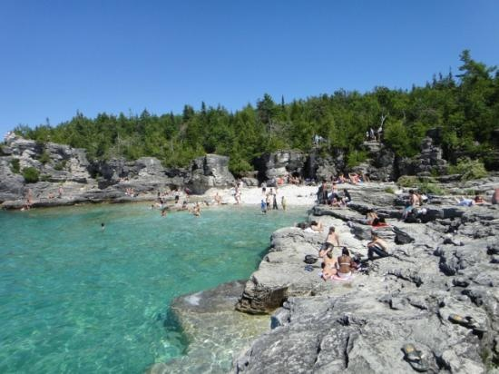 The Grotto: Indian Cove on a Saturday in June  Tobermory Canada