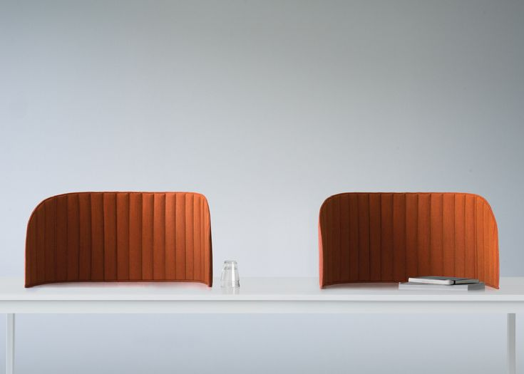 Focus by Zilenzio is a flexible desktop divider that offers privacy and sound insulation