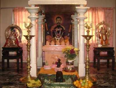 39 Best Pooja Room Mandir Images On Pinterest Altars