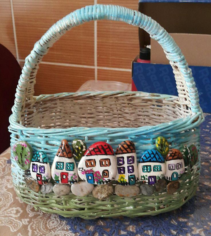 Basket n pebble craft