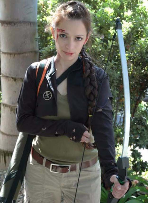 Last Minute DIY Halloween Costumes - Quick Ideas for Adults, Kids and Teens - Hunger Games Costume Tutorial