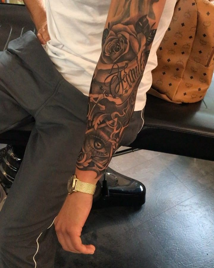 9 791 Curtidas 84 Comentarios Vladimir Drozdov Drozdovtattoo No Instagram Old Gold Cool Forearm Tattoos Best Sleeve Tattoos Quarter Sleeve Tattoos