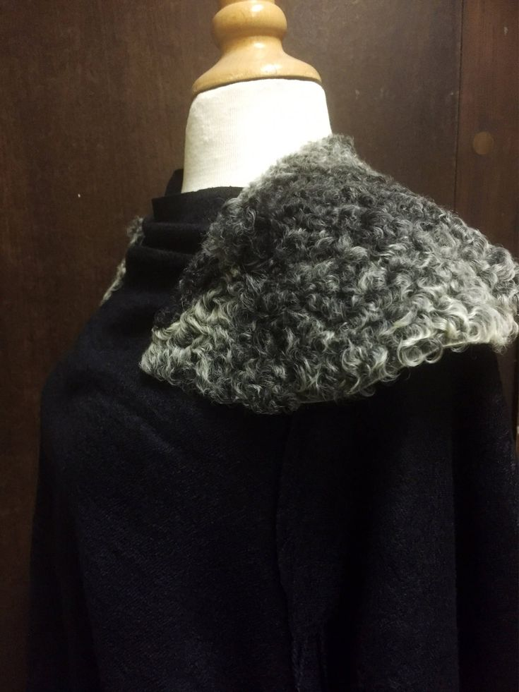 Beautiful/soft/sheep skin/shoulder wrap/yolk/folk art/traditional dress/ cosplay/ 1961/size 38 by WifinpoofVintage on Etsy