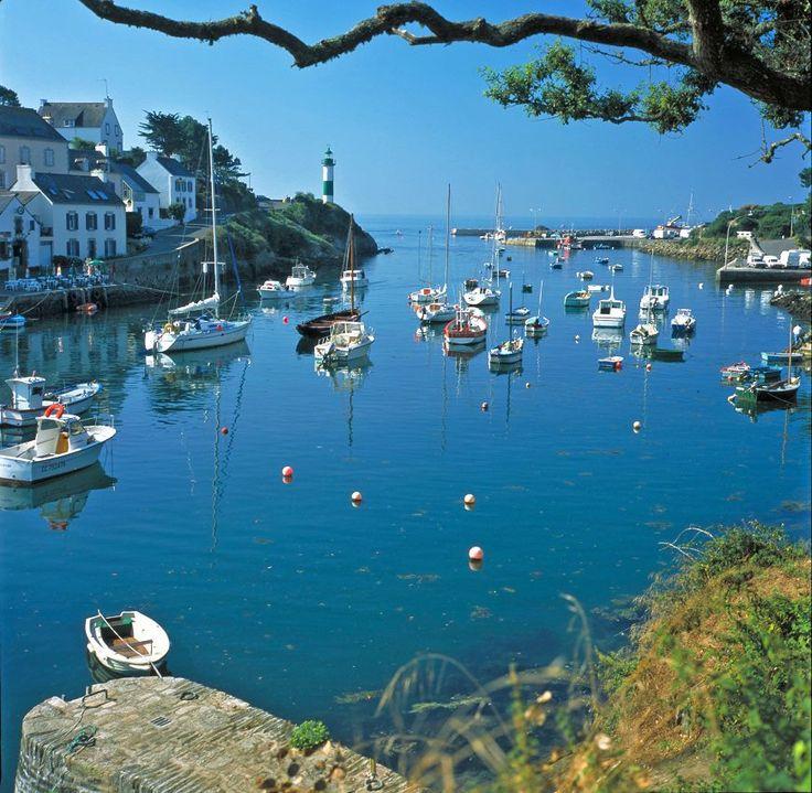 Le port de Doëlan-sur-Mer , Bretagne