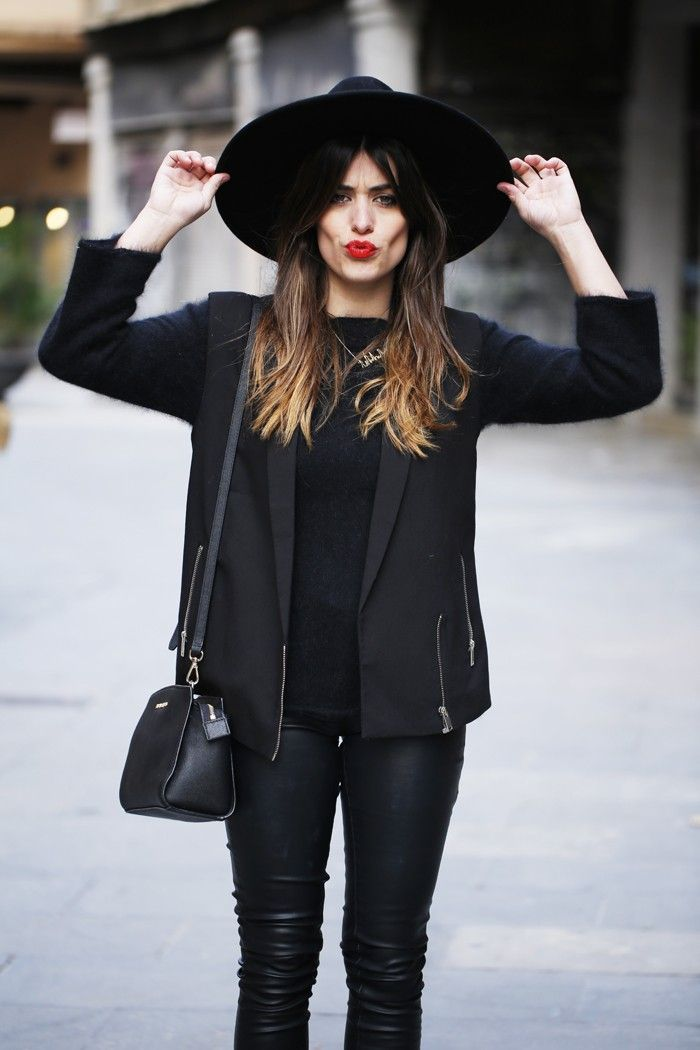 25 Fashionable All Black Outfits for Any Season | Trend2Wear