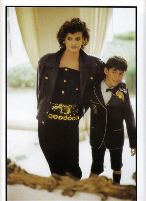 Vogue France 7/1985 LE RENOUVEAU DU STYLE INDIEN ph. Arthur Elgort.  Model: Linda Evangelista     via lalinda-evangelista