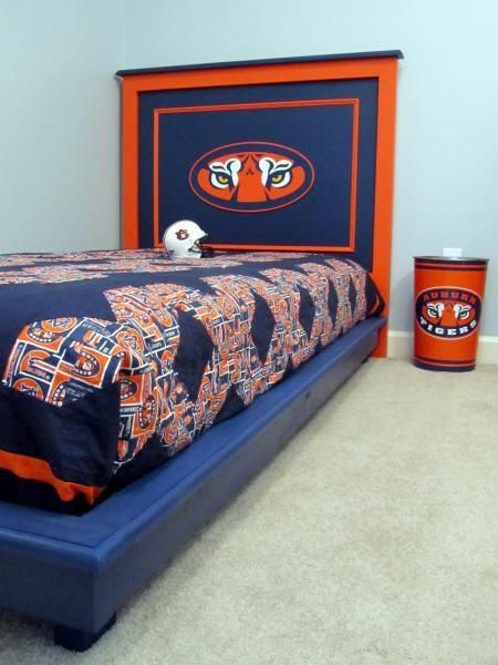 Perfect DIY Furniture : DIY Auburn University Themed Fillman Platform Bed |