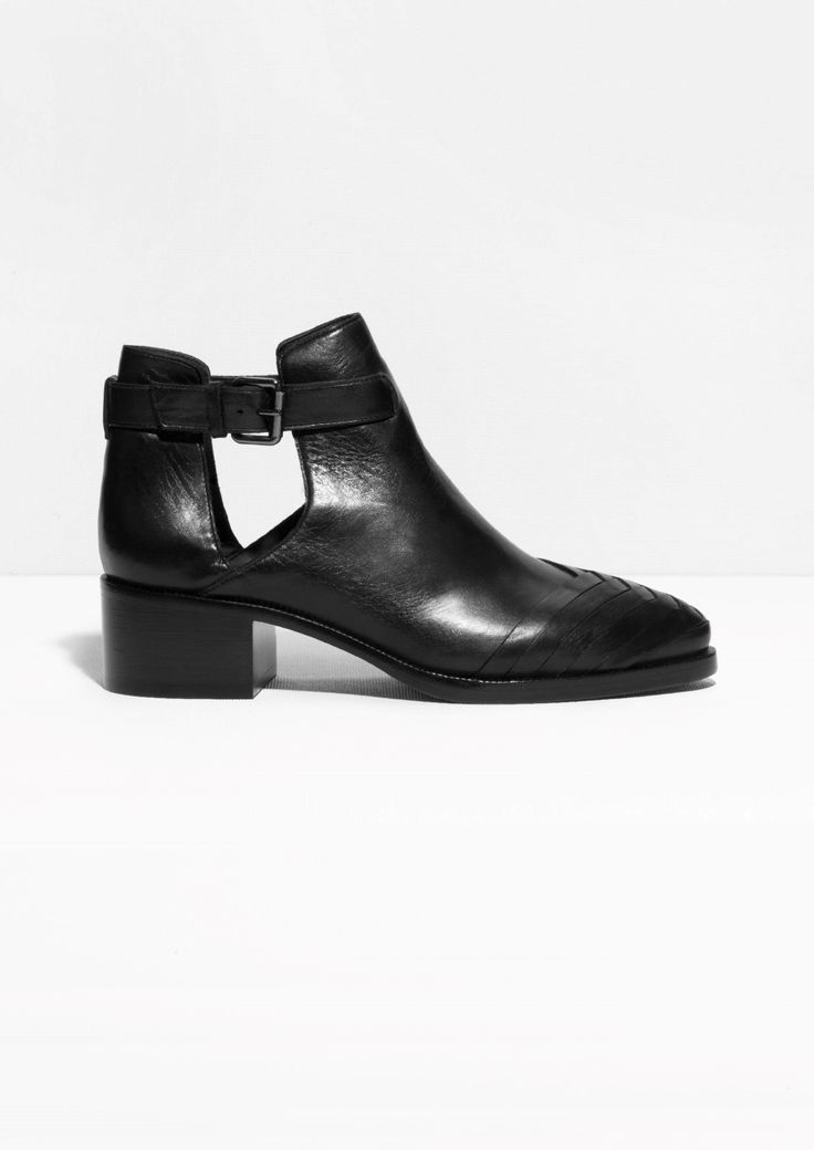 Cut-Out Leather Ankle Boots | Black