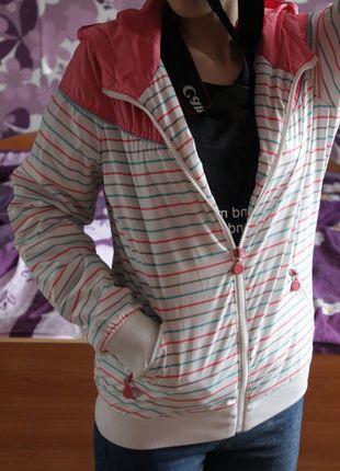 Kup mój przedmiot na #vintedpl http://www.vinted.pl/damska-odziez/kurtki/8089880-sportowa-kurtka-w-paski-cropp