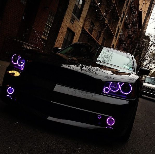 Dodge Charger THIS IS BEAUTIFUL. Ill take one for christmas thanks ;)