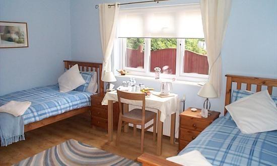 Cloudside Bed and Breakfast   Loch Lomond   Guest House Accommodation Alexandria  B&B Near Balloch