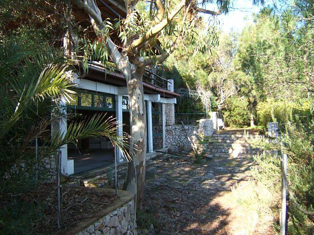 DEAL !!! auction - Villa on the cliffs at Santa Maria di Leuca AFFARE !!! Vendita all'asta - Villa sulla scogliera a Santa Maria di Leuca