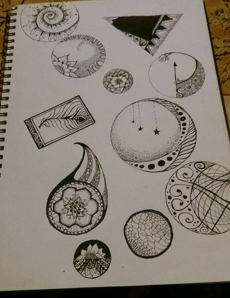 Black and white zentangles
