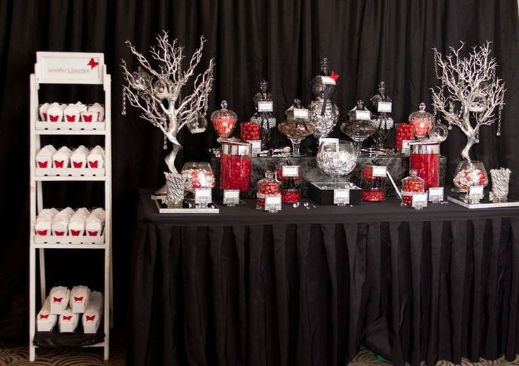 17 best images about black silver and red birthday party on pinterest candy bars damasks and - Black silver and white party decorations ...