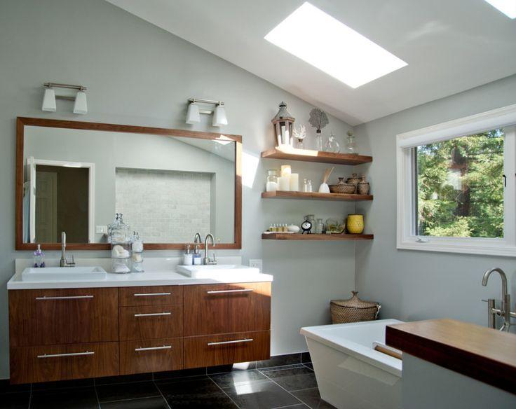 17 Best Ideas About Bathroom Mirror With Shelf On Pinterest: 17 Best Ideas About Built In Bathtub On Pinterest