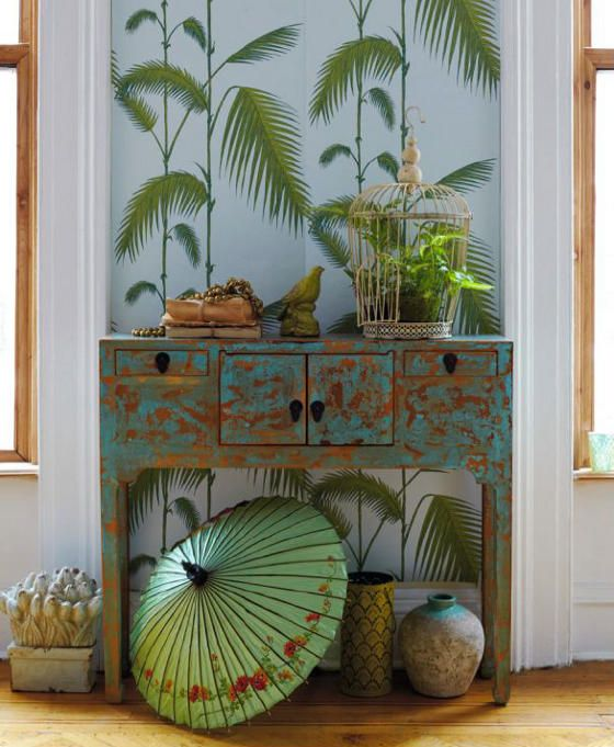 Who makes this lovely wallpaper?  Perfect in our high rooms. Works as visual plants that don't need tending.